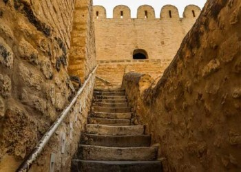 تونس اليوم - تفاصيل توضح إنتعاشة سياحية في طبرقة وعين دراهم التونسية